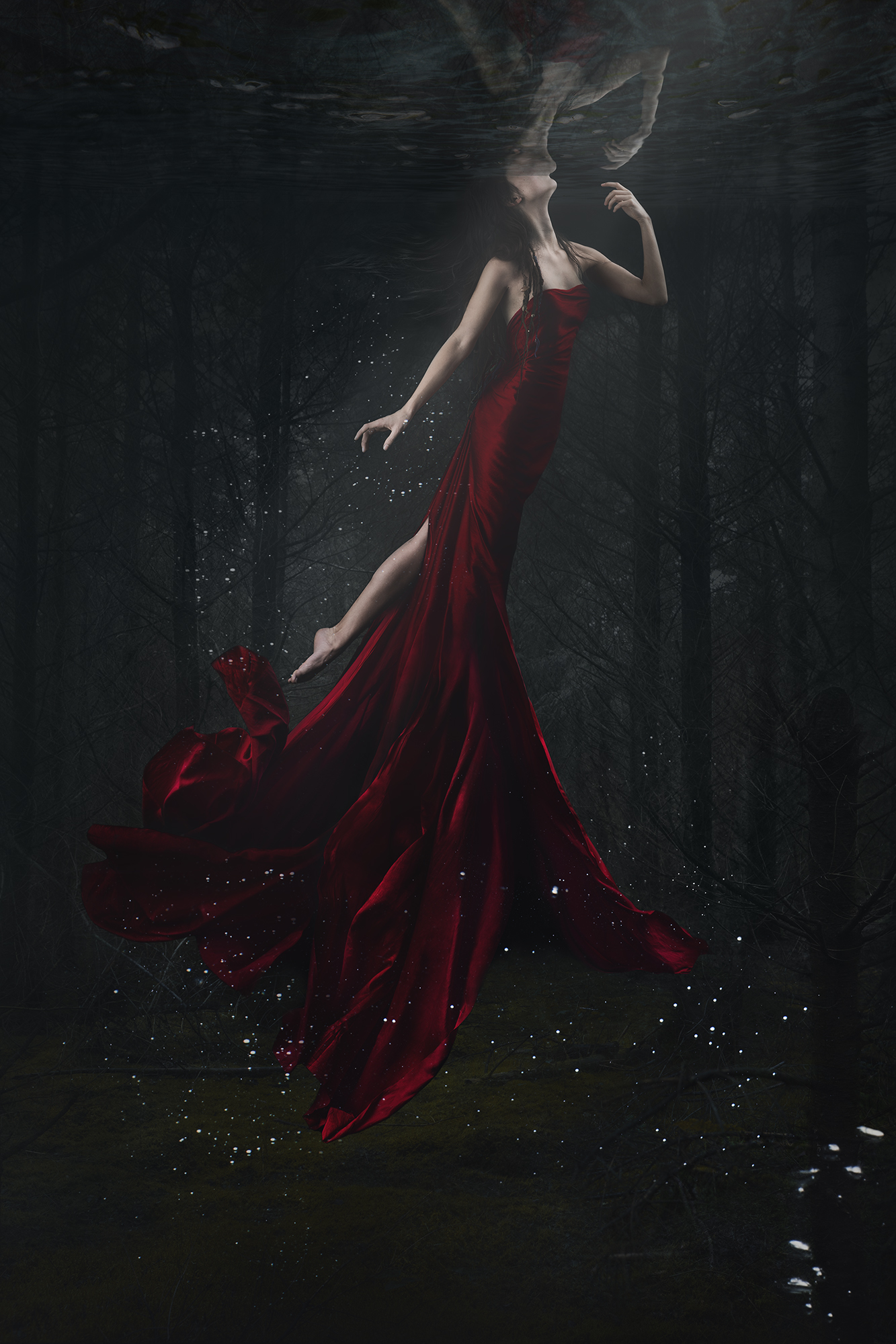 lisa_wittmann_photography_surrealism_underwater_mermaid_red_woman_dress_needle_forest