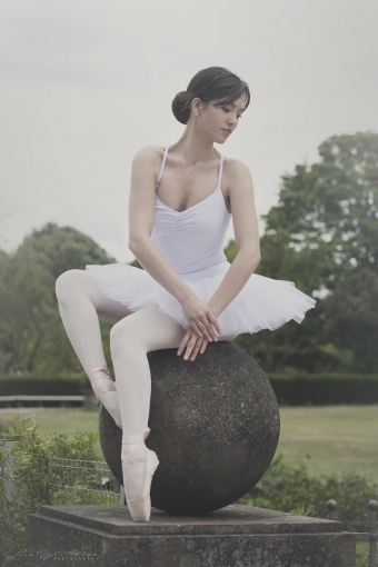 lisa_wittmann_photography_woman_ballet_pointshoes_tutu_beautiful_elegance