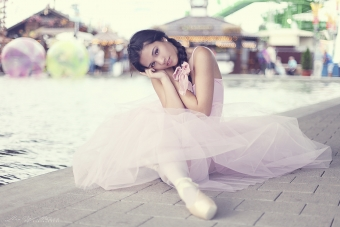 lisa_wittmann_photography_woman_ballet_pointshoes_tutu_pastel_candy_beautiful_sweet (1)