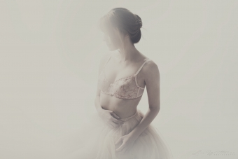 lisa_wittmann_photography_woman_nude_soft_pastel (2)
