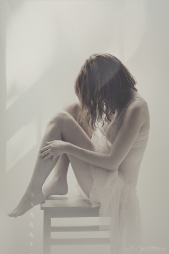 lisa_wittmann_photography_woman_nude_soft_pastel (8)